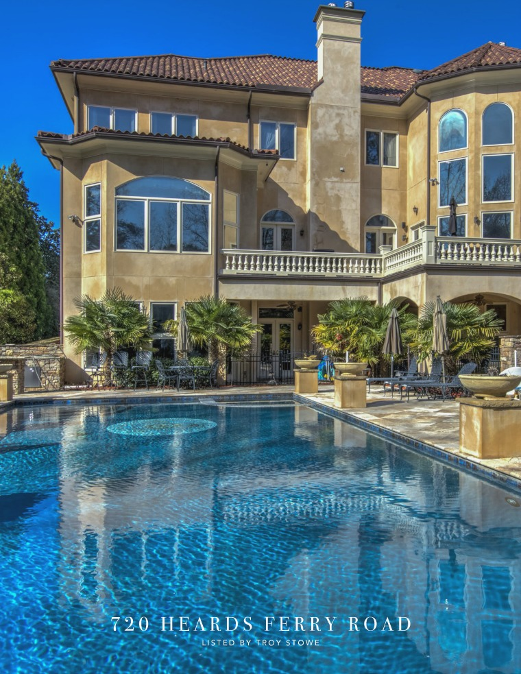 Gated Estate 720 Heards Ferry Road